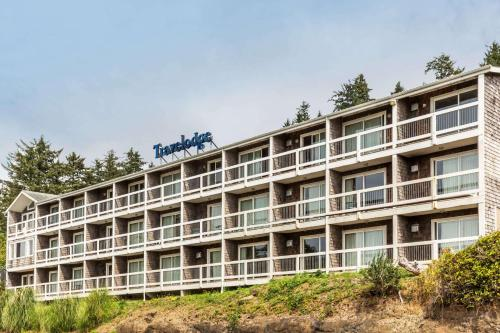 Travelodge Depoe Bay Photo