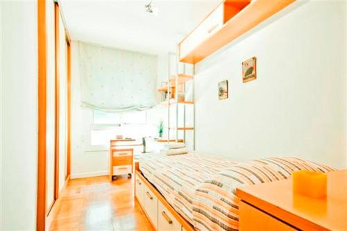 Apartcelona Diagonal photo 18