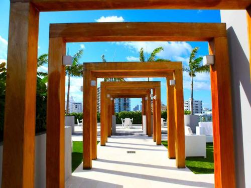 Picture of Boulan South Beach
