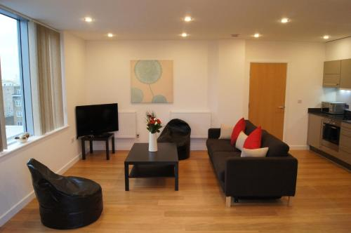 Photo of Apple Apartments @ E14 Self Catering Accommodation in London London