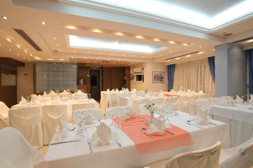 Philoxenia Hotel Photo