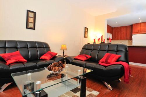 Royal Stays Furnished Apartments - 85 Bloor Street