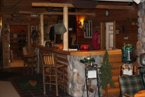 The Lodge at Crooked Lake Photo