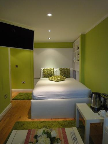 dylan apartments earls court london united kingdom
