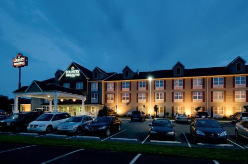 Country Inn and Suites Chambersburg Photo