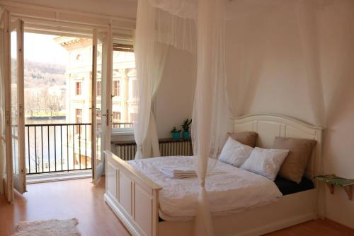 Charming flat in Old Town with Amazing River Views, Praga