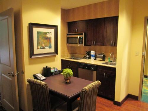 Homewood Suites by Hilton Shreveport Bossier City Photo