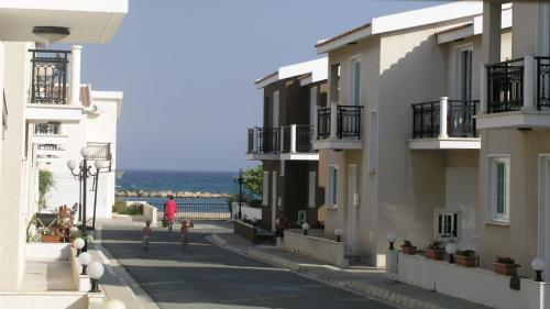 Philippou Beach Villas & Apartments, Ороклини