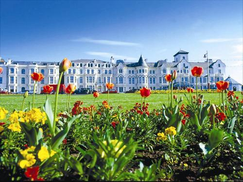 Best Western Royal Clifton Hotel & Spa, green hotel in Southport, United Kingdom