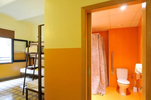 Hostal Equity Point Hostel Girona