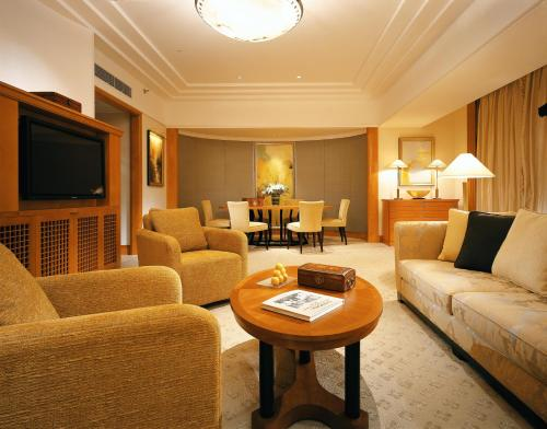 Four Seasons Hotel Shanghai photo 18