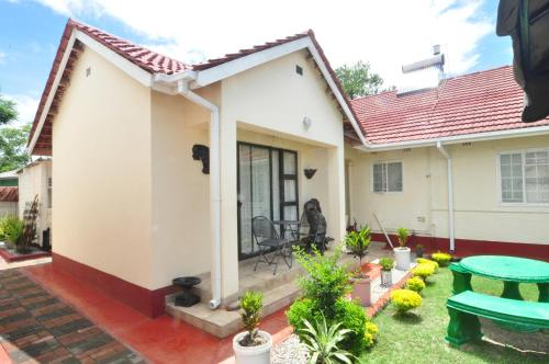 Mpofu Guest House, Harare