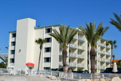Gulfview Hotel - On the Beach Photo