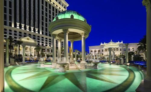 Caesars Palace Hotel & Casino Photo