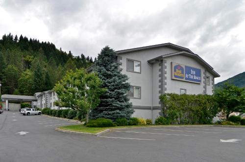 Best Western Inn at the Rogue Photo