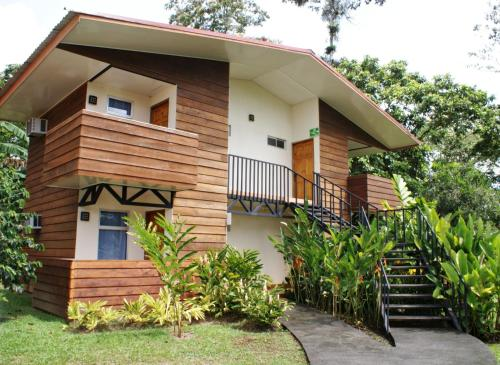Hotel Eco Arenal Photo