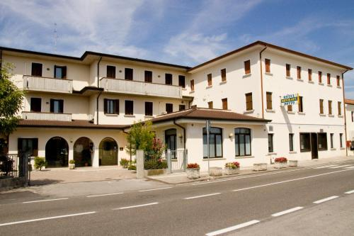 Hotel Ristorante Dotto