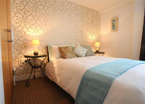 Photo of City Hub Apartments Hotel Bed and Breakfast Accommodation in Belfast Antrim