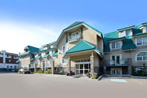 Best Western Plus Pocaterra Inn Photo