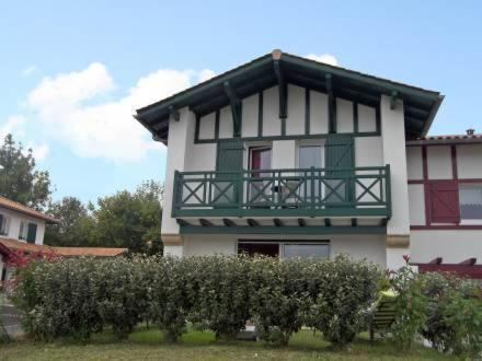 Holiday Home Mendi Bixta SAINT PEE SUR NIVELLE