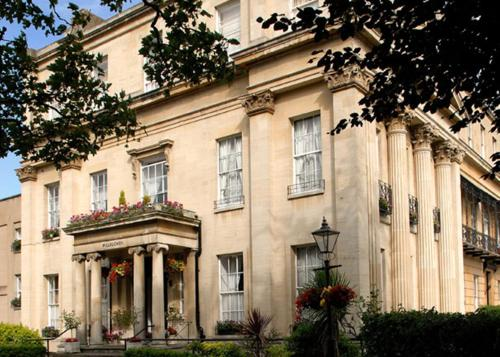 Photo of Willoughby House Hotel & Apartments Self Catering Accommodation in Cheltenham Gloucestershire