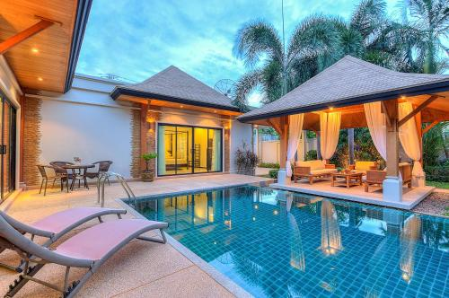 3 Bedroom Pool Villa @Namjai, 拉威海滩