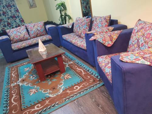 Four Bedroom Duplex Apartment at Riad Street , Mohandseen, Le Caire