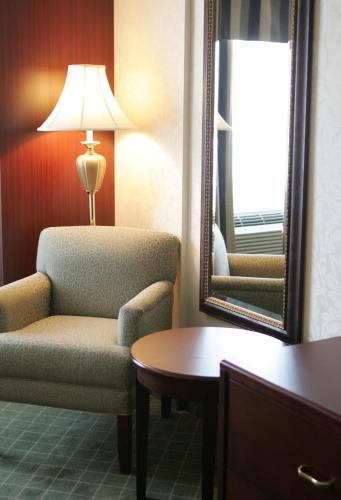 Comfort Inn & Suites Collingwood Photo