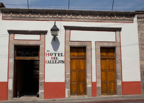 Hotel Del Callejon Morelia Photo
