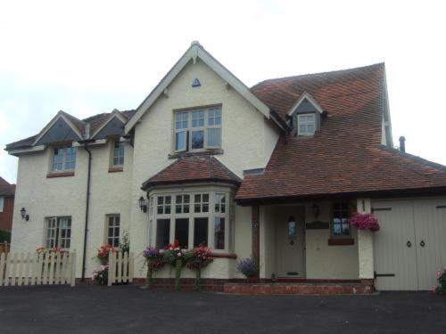 Pebble Cottage B&B Birmingham NEC and Airport