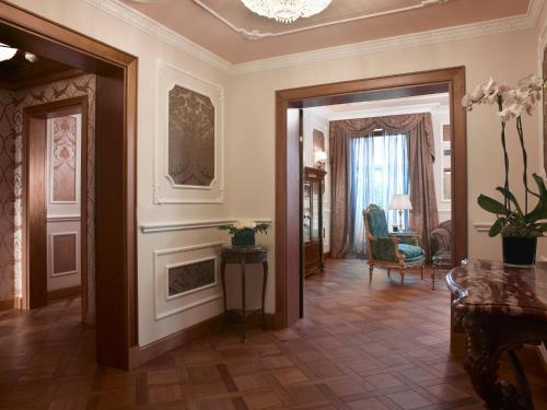 Baglioni Hotel Carlton - The Leading Hotels of the World photo 11