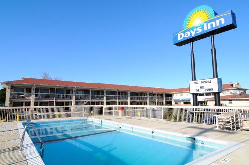 Photo of Days Inn Jacksonville NC