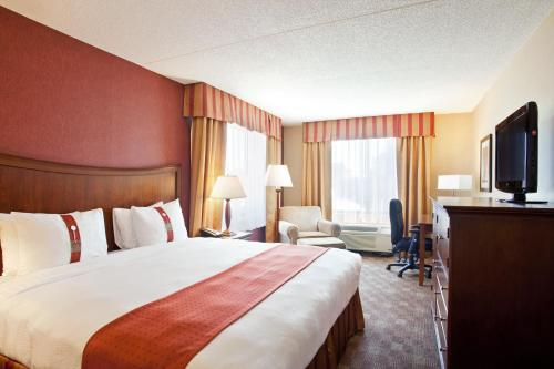 Holiday Inn Grand Rapids Downtown Photo