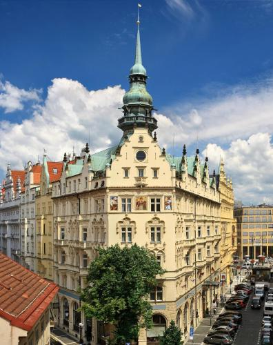 Hotel Paris in Prague from €135