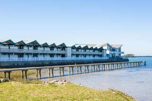 Best Western PLUS Yacht Harbour Inn Photo