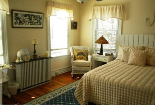 The Stirling House B&B Greenport Photo