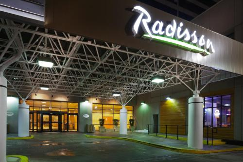 Radisson Hotel Downtown Salt Lake City Photo