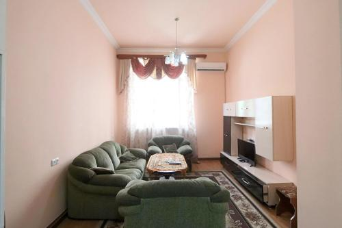 Yerevan Center Apartment, 4, Yerevan