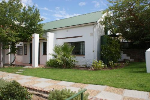 Koo Karoo Guest Lodge and Self Catering Photo