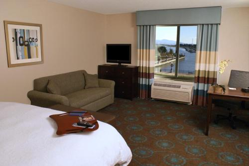 Hampton Inn & Suites Suisun City Waterfront Photo