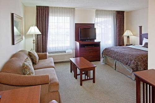 Staybridge Suites Indianapolis Downtown-Convention Center Photo