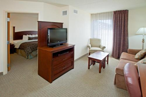 Staybridge Suites Indianapolis Downtown-Convention Center photo 7