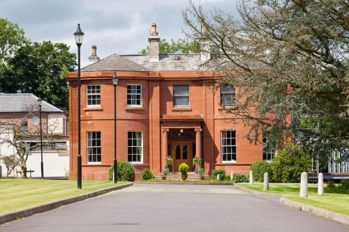 Woodland House Hotel