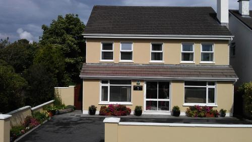 Photo of Cappa Veagh B&B Hotel Bed and Breakfast Accommodation in Galway Galway