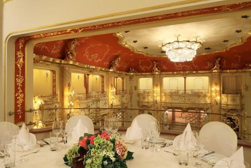 Grand hotel bohemia prague cheap flexible rates and for Grand hotel bohemia prague restaurant