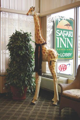 Safari Inn Downtown Boise Photo