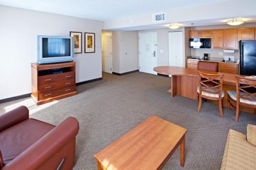 Candlewood Suites Indianapolis Downtown Medical District photo 5