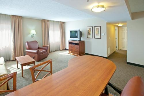 Candlewood Suites Indianapolis Downtown Medical District photo 7