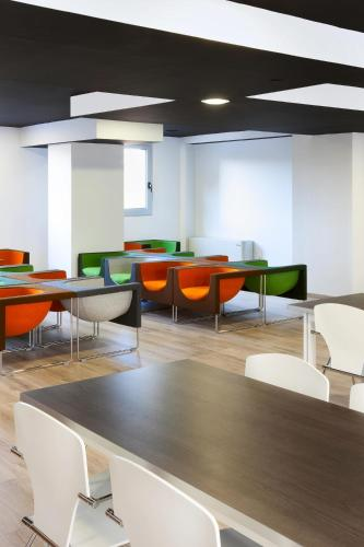 Residencia Melon District Marina photo 27