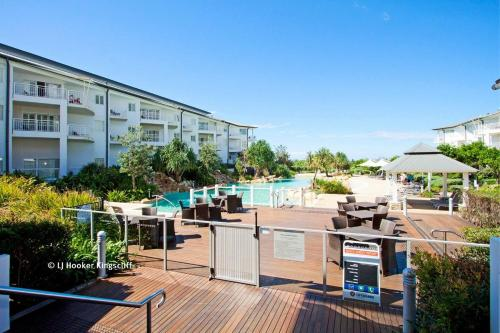 RESORT ON THE BEACH OCEAN BREEZE @ 6226-27, Kingscliff